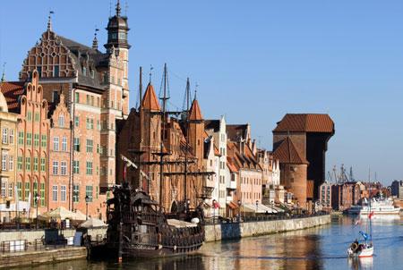 Barco muelle Gdansk