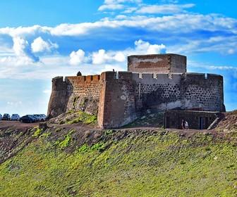 Museo de la Piratería-Castillo de Santa Bárbara